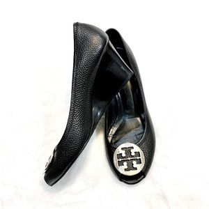 Tory Burch black leather shoes Size 11